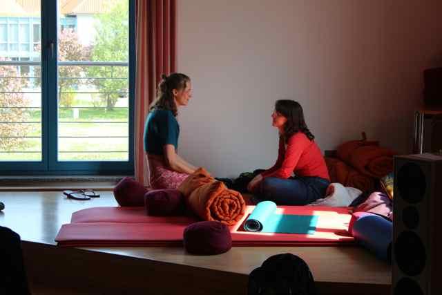 Teilnehmerinnen der Paartherapie und Eheberatung Ausbildung